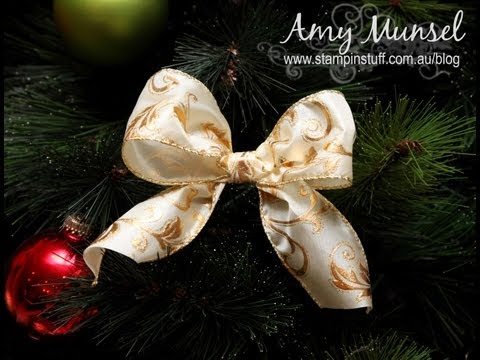 How to make a perfect Christmas bow for a tree