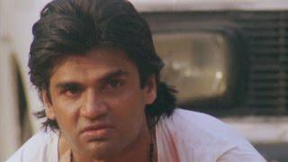Sunil Shetty, Balwaan - Action Scene 9/24