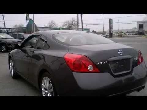 Awesome 2009 Nissan Altima 3.5 SE Coupe V6 Sunroof 18Alloys Coupe Call Now 1 (866)