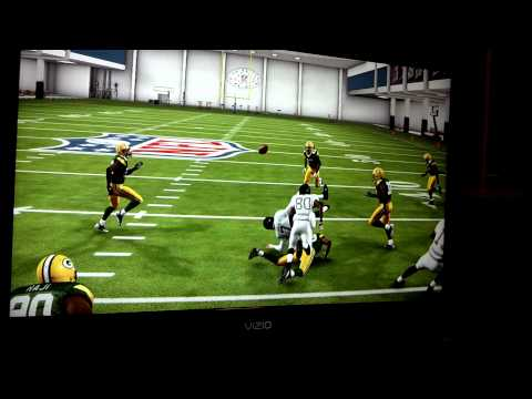 Madden 13: Tackled by own team