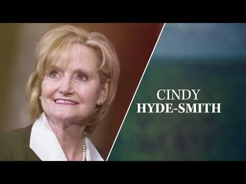 Brett Favre Supports Cindy Hyde-Smith for Mississippi Senate