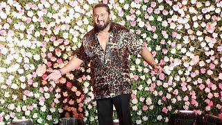 Yo Yo Honey Singh's GRAND ENTRY At Kapil Sharma's WEDDING Reception Party In Mumbai