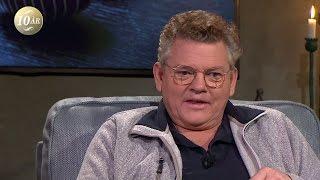 """Dan Ekborg: """"Mamma lärde mig att jag var dum i huvudet och inte kunde något"""" - Malou Efter tio (TV4)"""
