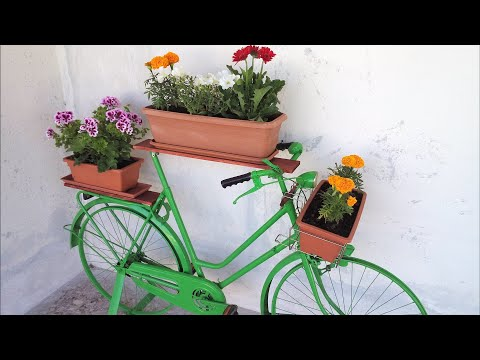 How to convert your old place bike for flower boxes