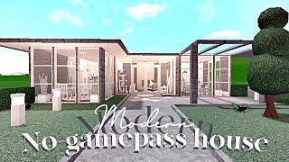 Bloxburg One Story Family House No Gamepass