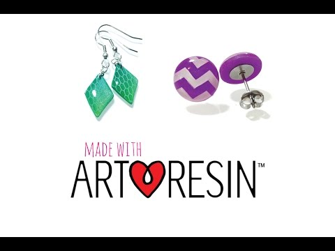 Resin jewelry tutorial: Nail stamping technique with polymer clay and Artresin
