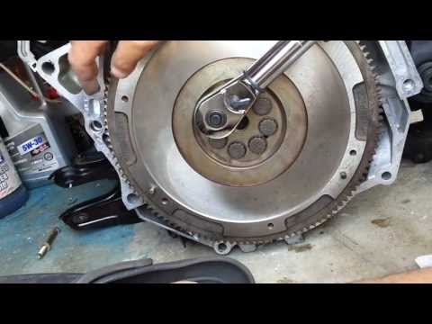 DIY How to Install Flywheel & Clutch for Honda Accord CB7 - Winston Buzon