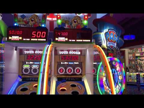 Playing the Bean Bag Game at Arcade City - Winning the Bonus