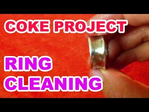 AMAZING! How to Clean a Ring with Coke! - The Super Effect