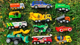 Today I will be looking for my favorite toy vehicles from this bushes | PlayToyTime TV