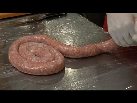 How to Make Hickory-Smoked Beef Sausages : Savory Recipes