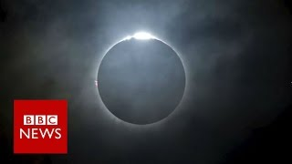 Time-lapse of total eclipse in Indonesia - BBC News