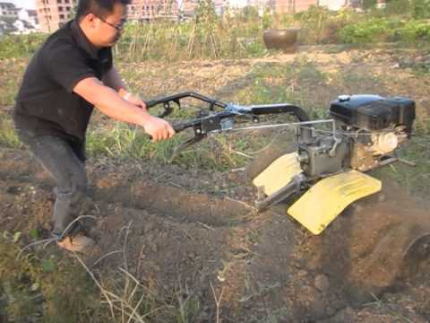 cultivator with blades