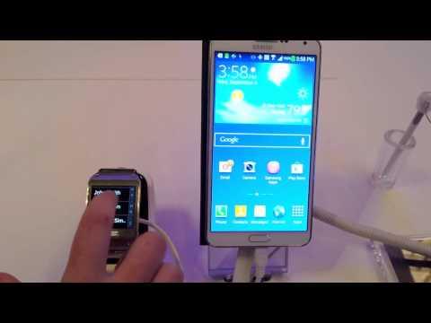Samsung Galaxy Gear Smartwatch Makes Calls via Samsung Galaxy Note 3 Smartphone