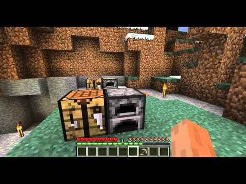 MineCraft - How to make a Stone Pickaxe [HD]