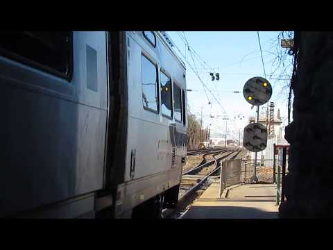 SEPTA Westbound R5 Passes Temp Signal at PAOLI
