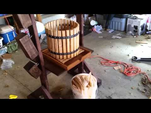 Apple Cider Press - Make your own apple cider press, and grinder