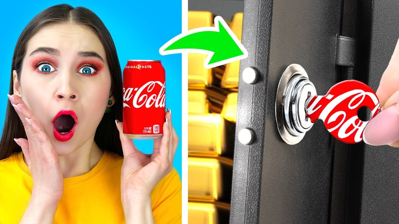 FUNNY WAYS TO SNEAK SPY AT SCHOOL || Spy Challenge For 24 Hours! Good VS Bad by 123 GO! SCHOOL
