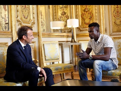 France offers citizenship to Malian immigrant who rescued a child