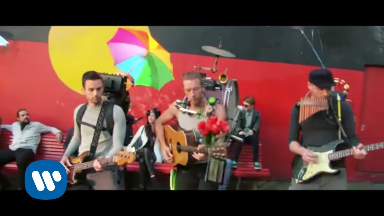 Coldplay - A Sky Full Of Stars (Official Video)