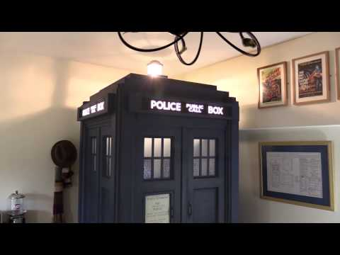 Doctor Who TARDIS! Full-size, lights & sound!
