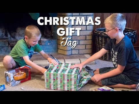 The Christmas Gift Tag | A Thousand Words
