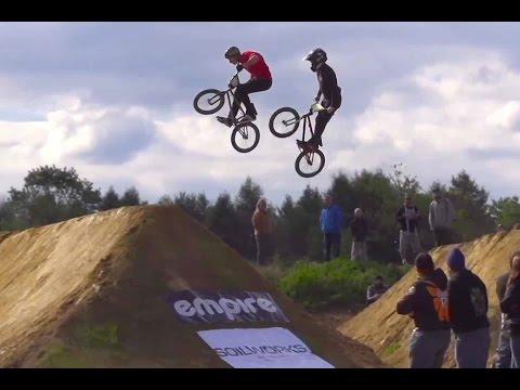 Head to Head BMX Dirt Jump Racing -TRA Double Cross