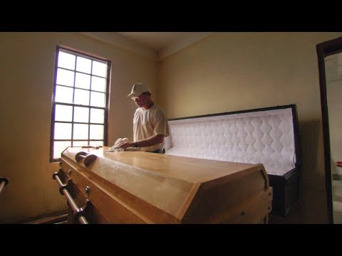 Making Billy Graham's Casket
