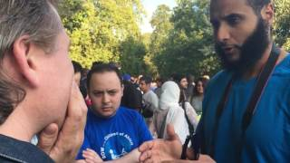 Br Mohammed talks to an Atheist. Speakers Corner