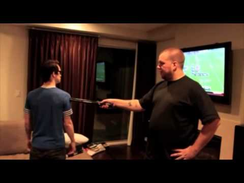 Brendon Urie (2010) : Stun Gun