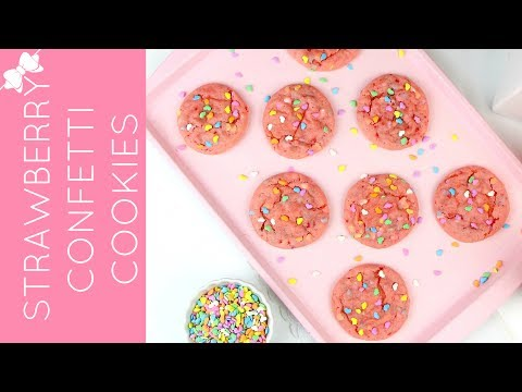 How To Make Easy Strawberry Funfetti Sprinkle Cake Mix Cookies // Lindsay Ann Bakes