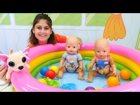 Xxx Mp4 Ayşe Ile Havuz Oyunları Oyuncak Bebekler Gül Ve Mert Eğleniyorlar 3gp Sex