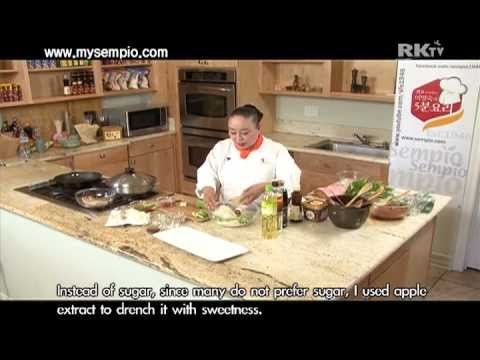 Korean Food:Pork Lettuce Wrap