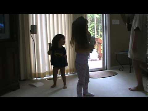 My Daugther Aliyah and Her Friends Jamming Out To Justin Bieber