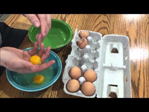 Separate Egg Yolk from White, No Bottle Needed
