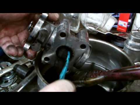 TOYOTA ENGINE REPAIR D4D 2 2 EGR VALVE CLEANING