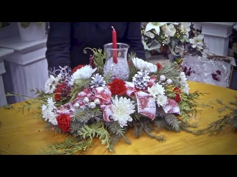 How to make a Christmas table arrangement with candle and ice