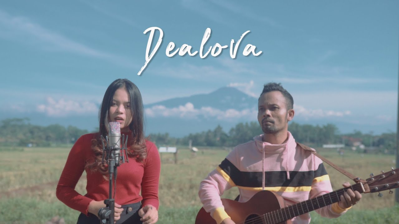 DEALOVA - ONCE ( Ipank Yuniar ft. Ingtise Hyndia Cover & Lirik )