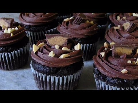 Gluten Free  Chocolate Cupcakes with Peanut Butter & Banana