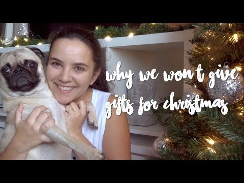 Why I Won't Give Gifts for Christmas - Minimalist Gift-Giving - Vlogmas Day #4 | Laurie Lo