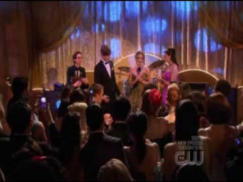 gossip girl 2x24 - blair becomes prom queen