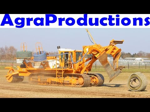 Farm drainage tile/plow machine - Mastenbroek -  Laying field drainage - 366 horsepower -