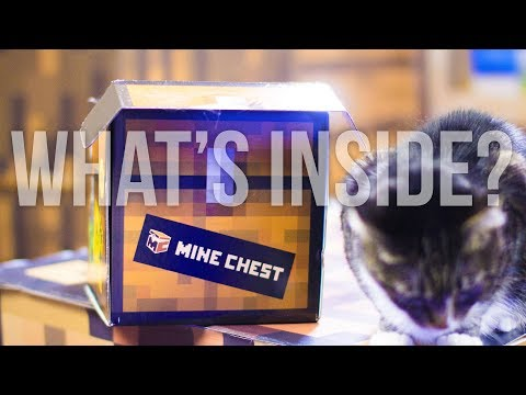 Mine Chest the Minecraft Monthly Box October 2017 Unboxing