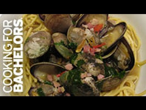 Clams in Broth by Cooking for Bachelors® TV