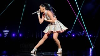 Katy Perry - This Moment & Love Me (prismatic World Tour/epix)