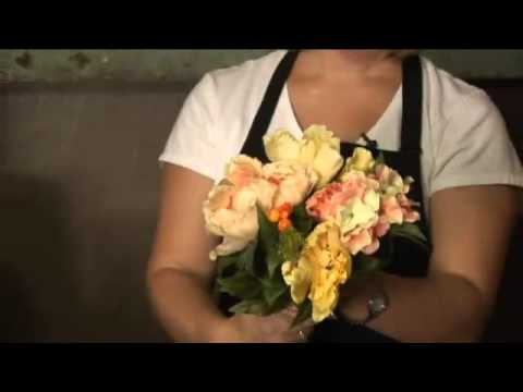 How to Make Silk Flower Bouquets