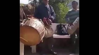 Dhol Damau instruments