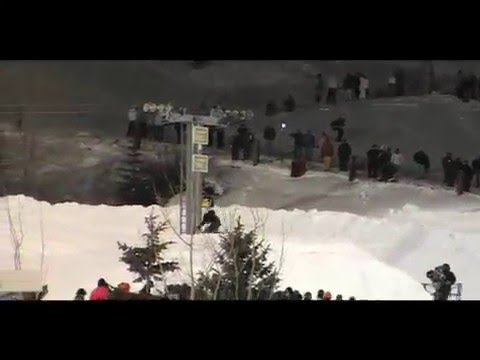 Freestyle snowmobile & SnoX X-games 11 (by Sebastian Landry)