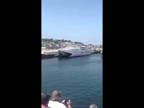 Condor Rapide in Guernsey Port