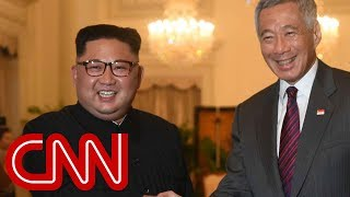 Kim Jong Un arrives in Singapore and meets with PM Lee Hsien Loong